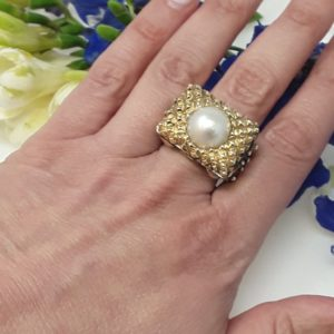 Dian Malouf gold and pearl ring